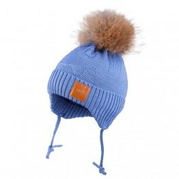 Kapa sa pomponom od krzna-plava